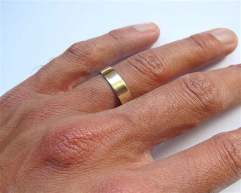 Mens Wedding Band Finger