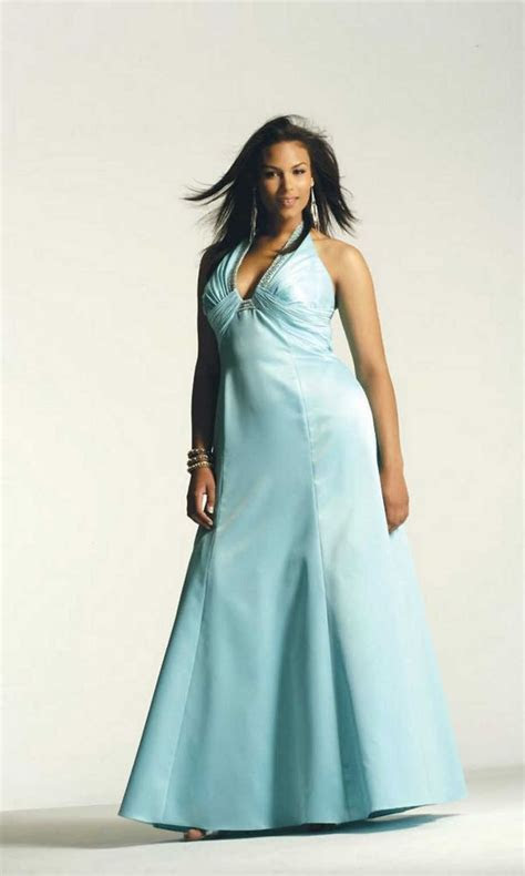 17 Best images about Evening gowns   plus size on