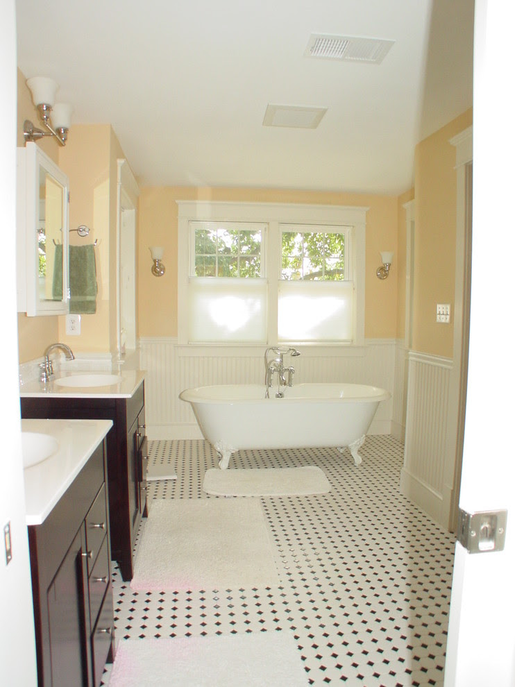 Pretty Surface Mount Medicine Cabinetin Bathroom Traditional With