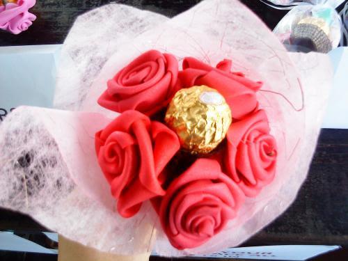 5 handmade flowers with a ferrero rocher