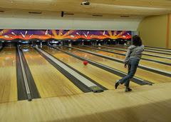 Hippo bowling