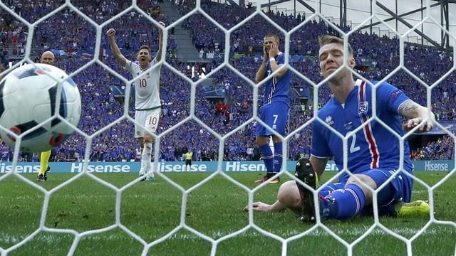 Castigo para a Islândia no empate com a Hungria