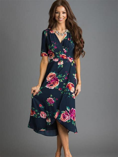 Best 25  Navy floral dress ideas on Pinterest   Navy
