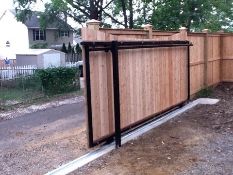 A Sliding Gate Instead Of Lux
