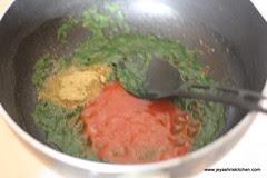 coriander tomato masala
