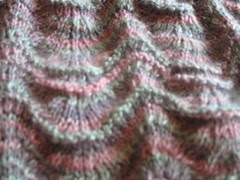 feather and fan stitch pattern