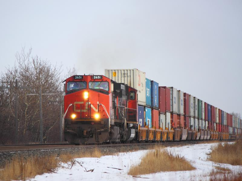 CN 2651 in Winnipeg