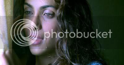 http://i291.photobucket.com/albums/ll291/blogger_images1/karam/PDVD_074.jpg