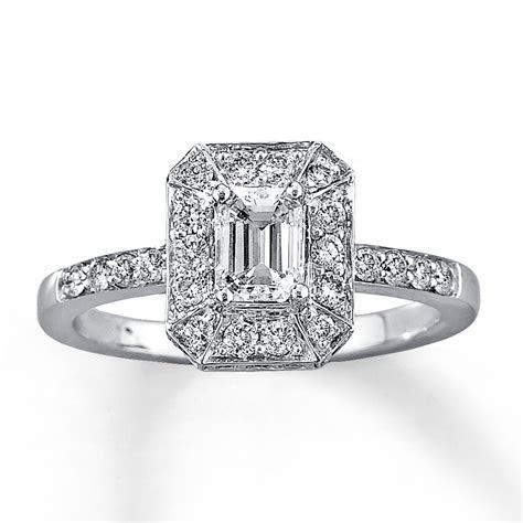 Ten Beautiful, Emerald Cut Engagement Rings ? BestBride101