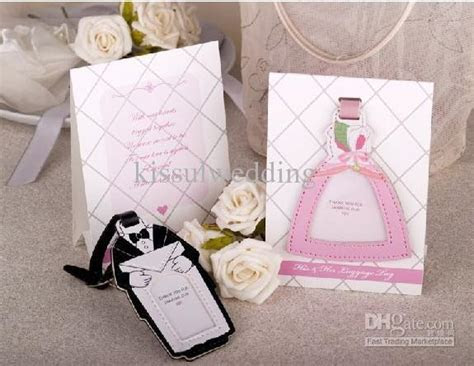 Wedding Gifts of Bride And Groom Design Luggage Tag Top