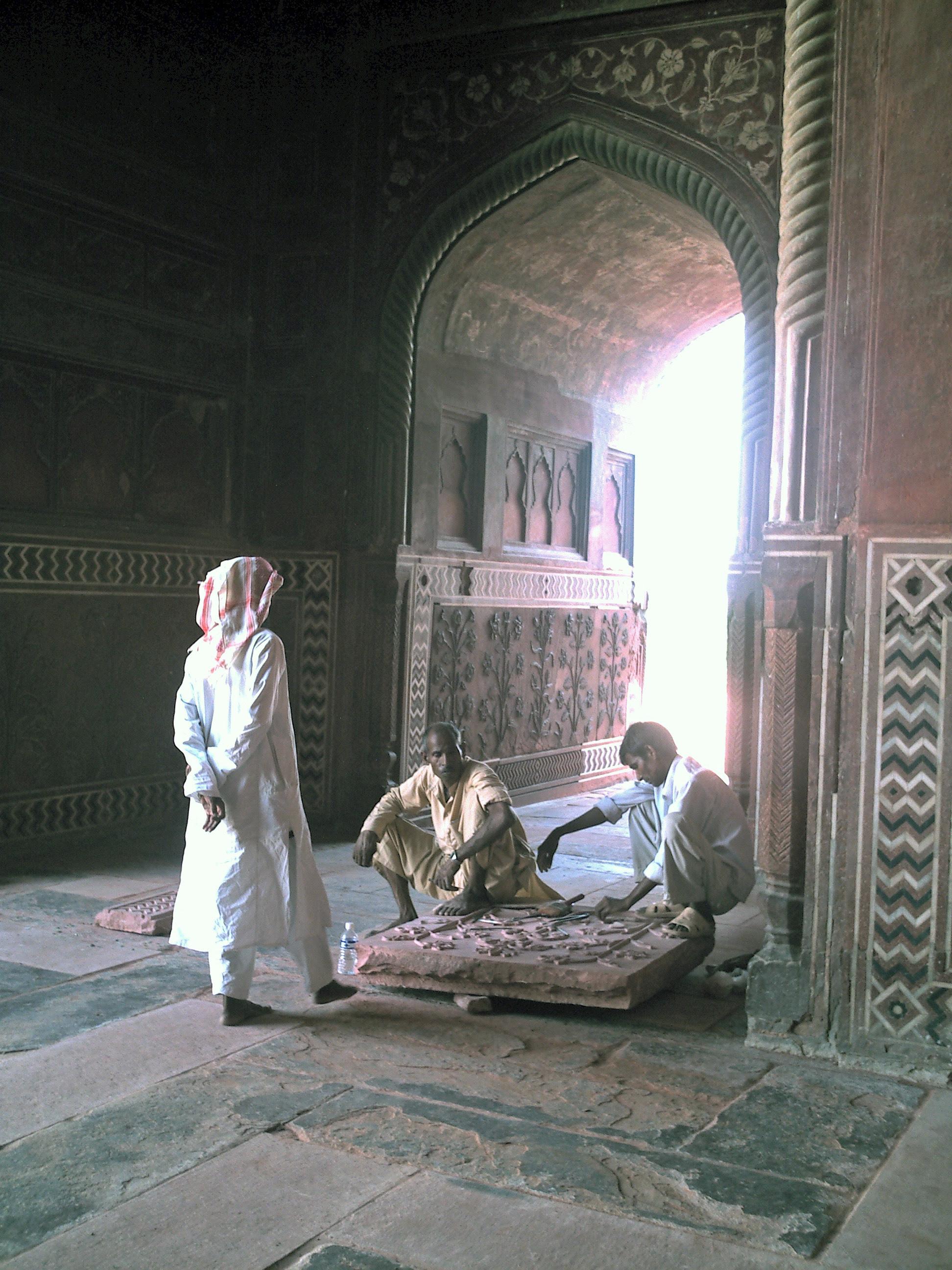 artisans working in India