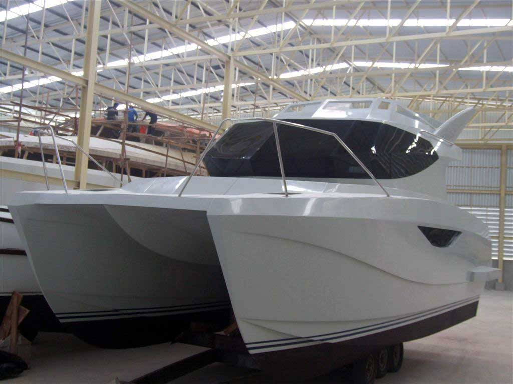 Warrior 30' power catamaran - Construction phases.
