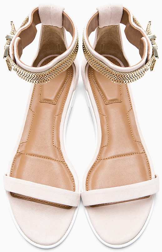 LE FASHION BLOG SHOE CRUSH GIVENCHY BLUSH LIGHT PINK SUEDE CHAIN EMBELLISHED FLAT SANDALS GOLD BOX CHAIN ANKLE STRAPS NEUTRAL SANDALS 2 photo LEFASHIONBLOGSHOECRUSHGIVENCHYBLUSHLIGHTPINKSUEDECHAINEMBELLISHEDFLATSANDALSGOLDBOXCHAINANKLESTRAPSNEUTRALSANDALS2.png