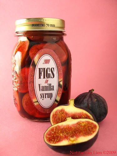 Figs in vanilla syrup (p. 94)