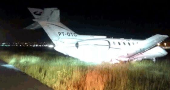 Avião com Aécio Neves faz pouso de emergência em SP