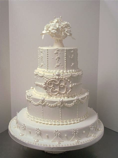 Elegant Wedding Cakes   Food and Drink