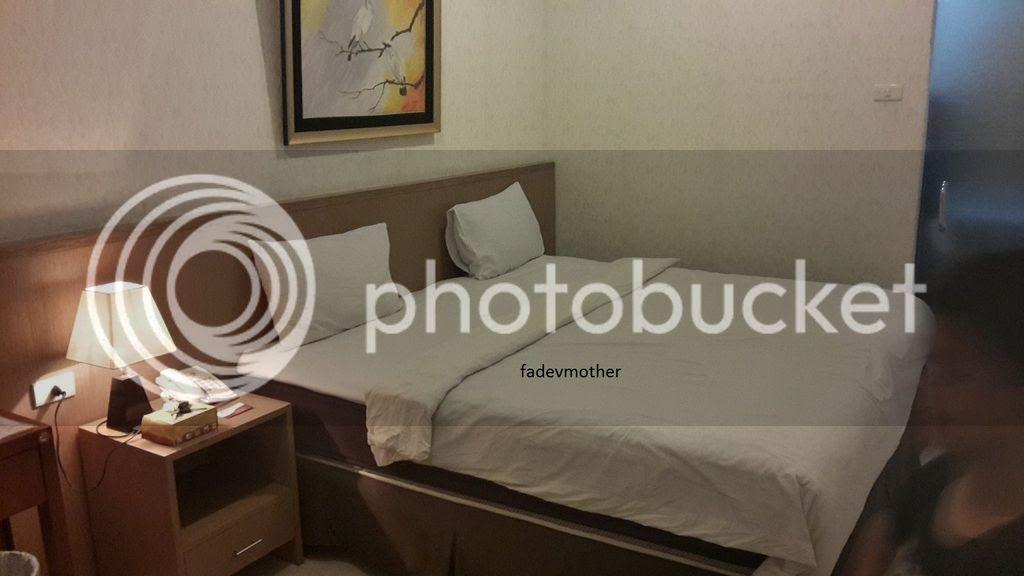 photo tempat tidur karina_zpsq2tmj22a.jpg
