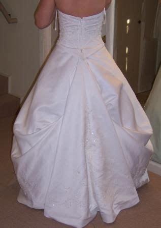 Best 25  Wedding Dress Bustle ideas on Pinterest