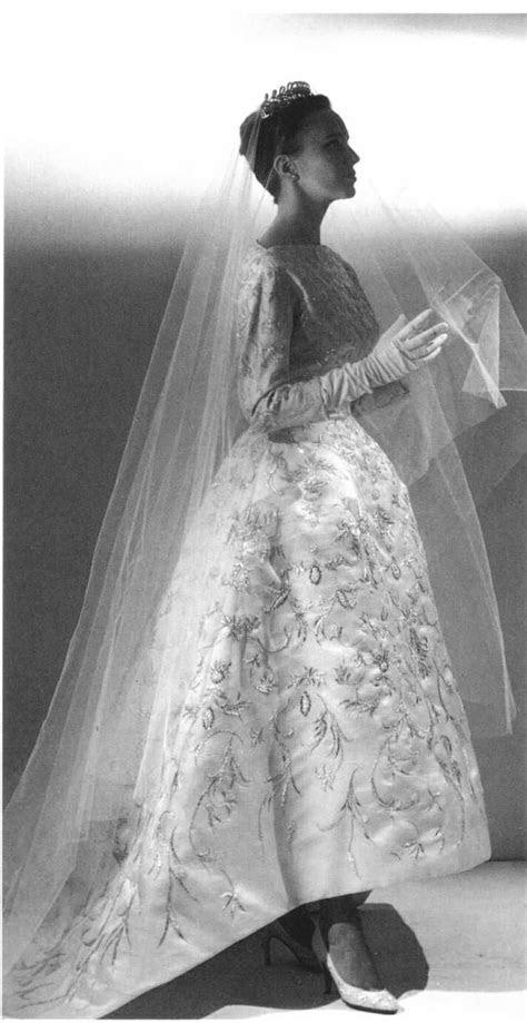 17 Best images about Vintage/Historical Weding Dresses on