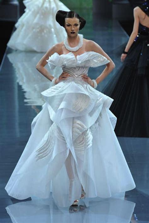 futuristic wedding dresses   futuristic wedding dresses