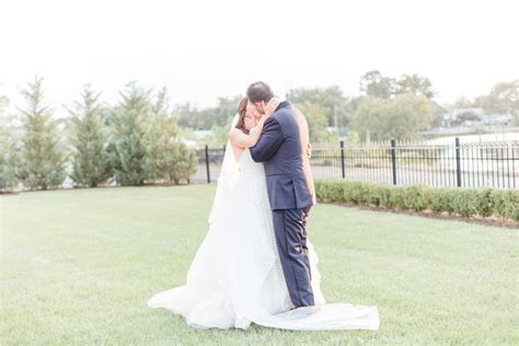 Clarks Landing Delran Wedding Photos by South Jersey