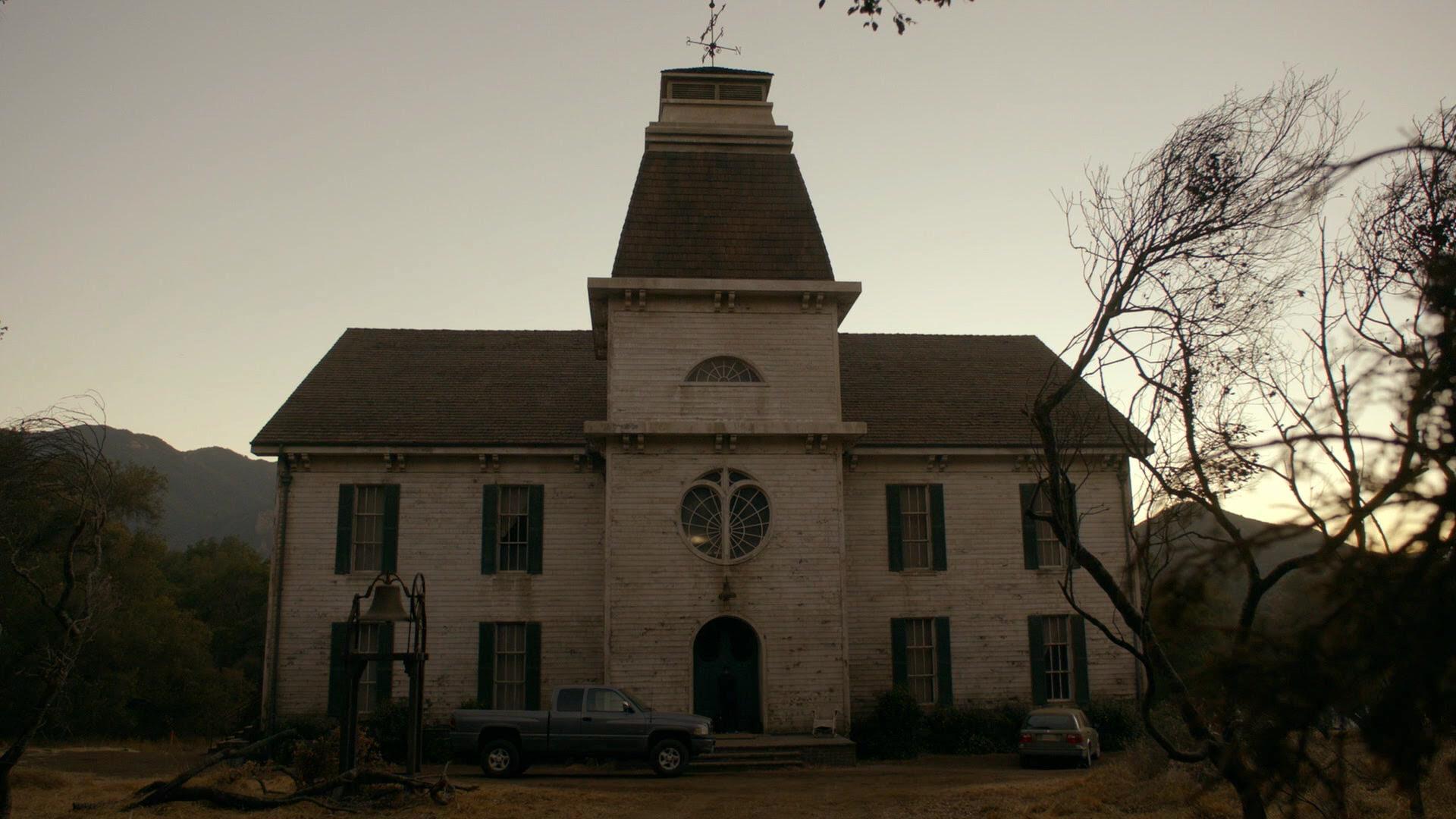 Resultado de imagem para american horror story Roanoke mansion