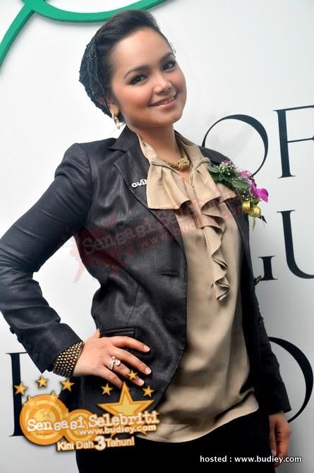Siti Nurhaliza  Sity Avira Launching