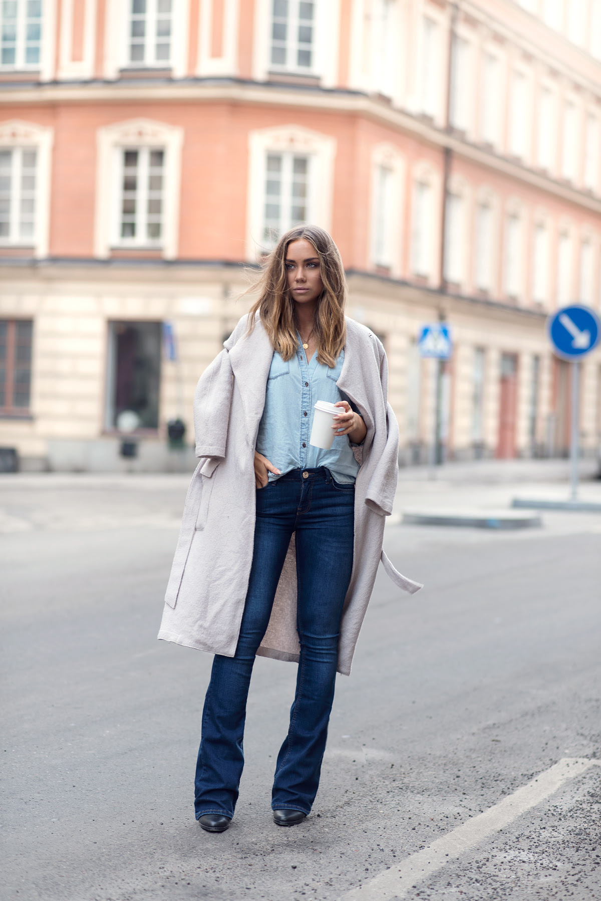 how to style flared jeans this fall