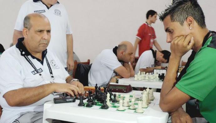 Crisolon Terto Villas Boas, enxadrista cego nos Jogos Abertos 2014 (Foto: Ana Carolina Levorato)