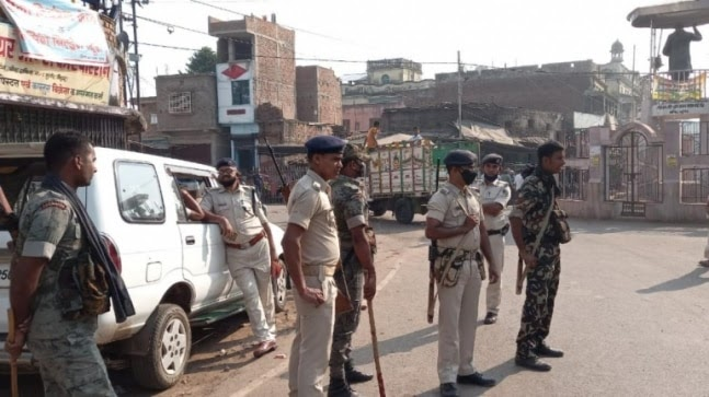 1 killed, several injured in firing during Durga idol immersion in Bihar's Munger; 100 detained