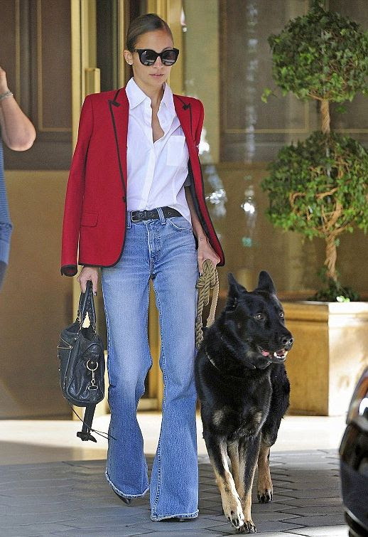 LE FASHION BLOG NICOLE RICHIE CAT EYE SUNGLASSES LOW BUN HAIR KNOT SAINT LAURENT RED BLAZER WHITE COLLARED SHIRT DENIM FLARES BELL BOTTOMS WALKING DOG WEST HOLLYWOOD CELEBRITY STYLE GET THE LOOK 1 photo LEFASHIONBLOGNICOLERICHIEREDBLAZERDENIMFLARES1.jpg