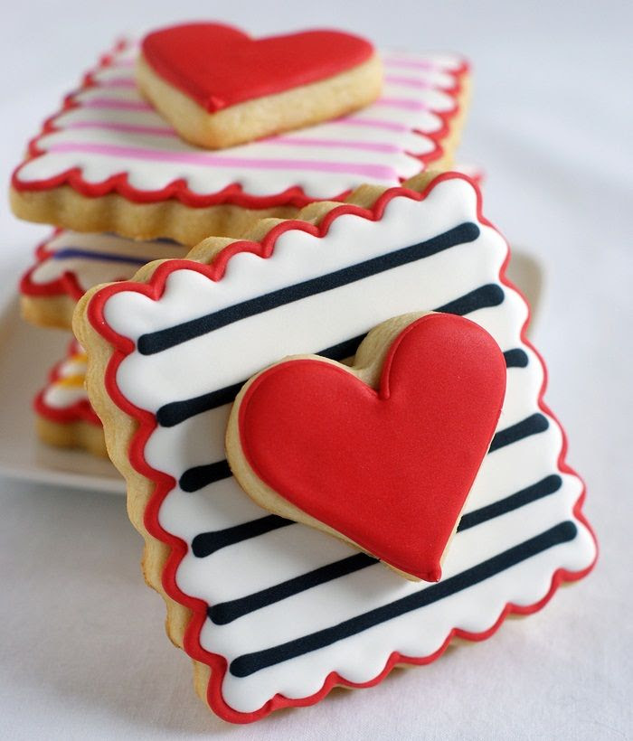 Double-decker, Stripey, Valentine Cookies | decorated cookies tutorial from bakeat350.blogspot.com
