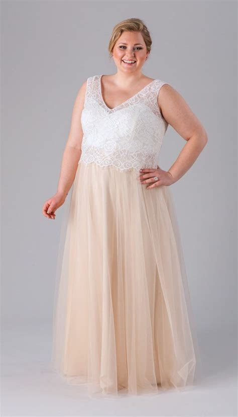 Incredibly Flattering Plus Size Bridesmaid Dresses