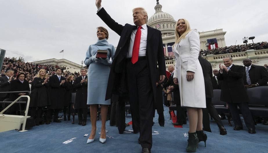 Resultado de imagen para ceremonia de trump como presidente