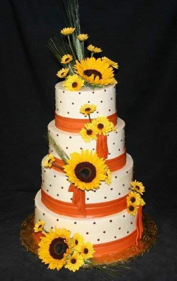 Top 10 Romantic Wedding Cake Designs For A Summer Wedding