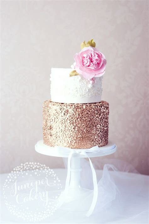 Rose Gold Cakes & How to Create Them   Cake Decorating
