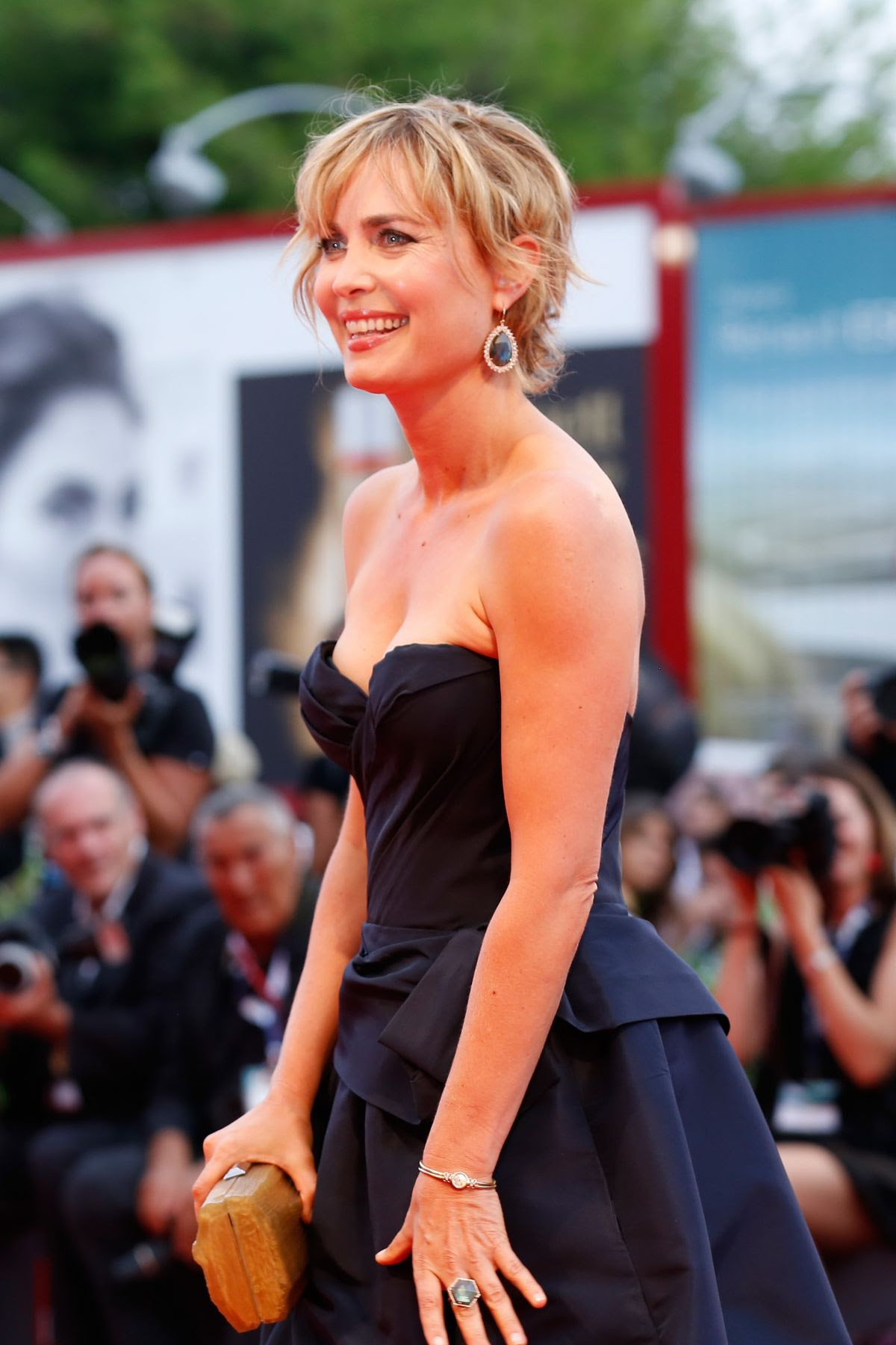 http://www.hawtcelebs.com/wp-content/uploads/2015/09/radha-mitchell-at-everest-premiere-and-72nd-venice-film-festival-opening-ceremony_5.jpg