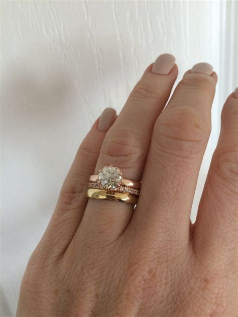 Luxury How to Wear Engagement and Wedding Rings together