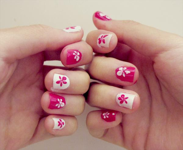 Cool Nail Design Pink And White Flowers Nails