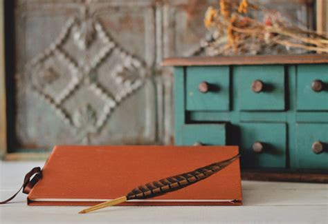 Rustic Wedding Guest Book Ideas for Fall Weddings   The