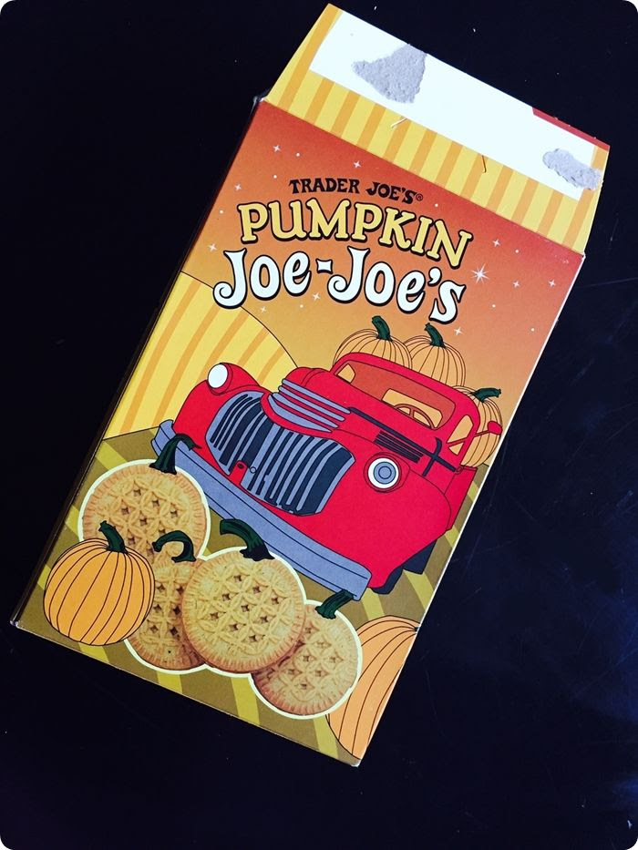 a review of Trader Joe's Pumpkin Joe-Joe's