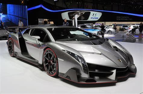 Lamborghini Veneno in detail: Geneva 2013 Photo Gallery autoblog