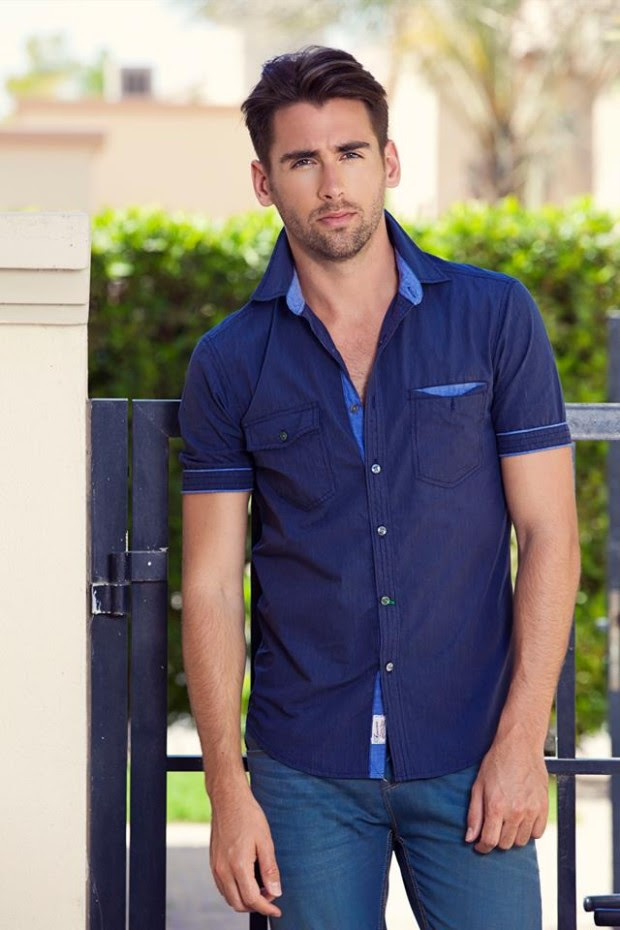 Forecast-Look-Book-Summer-Men-Outfits-2013-Fahion-of-T-Shirts-and-Pants-for-Boys-6