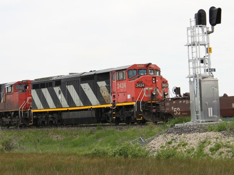 CN 2424 in Winnipeg