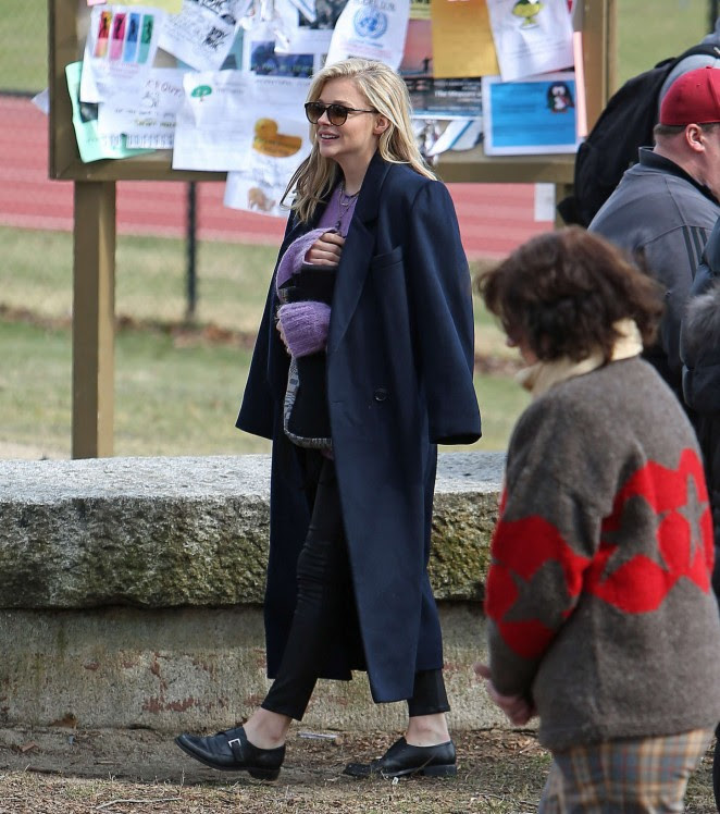 Chloe Moretz on November Criminals set -03
