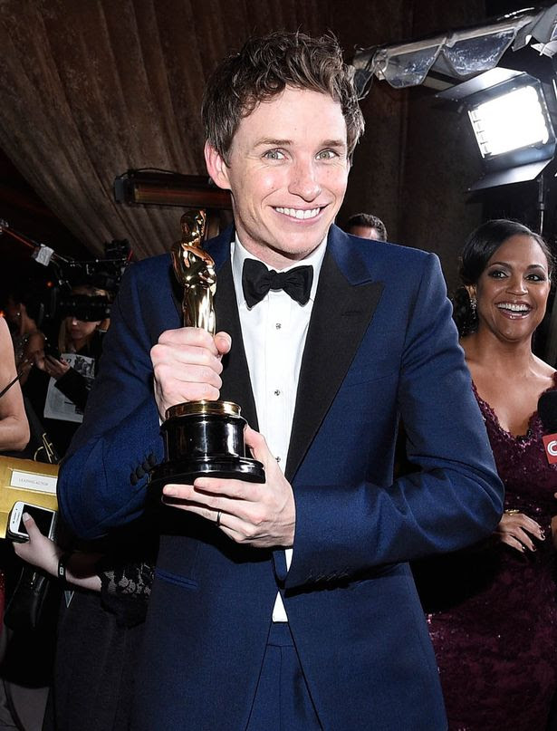 Best Actor in a Leading Role winner Eddie Redmayne attends the 87th Annual Academy Awards Governors Ball at Hollywood & Highland Center on February 22, 2015 in Hollywood, California