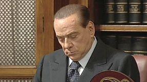 Berlusconi, al Senato si discute della sua ineleggibilità