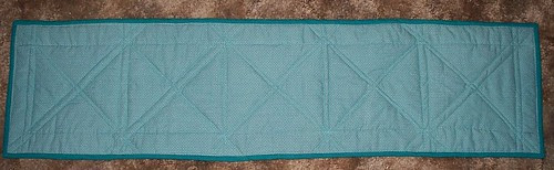 table runner back