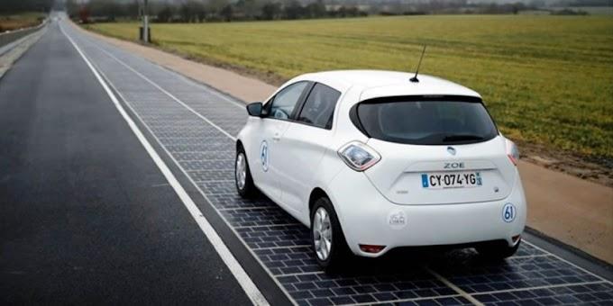 La primera carretera con paneles solares se inaugura en Francia