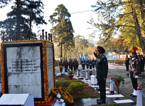 2 BRIGADIER HARCHARAN SINGH  PAYING TRIBUTES TO THE MARTYRS AT WAR MEMORIAL CANTONMENT SHILLONG ON VIJAY DIWAS ON 16 DECEMBER 2012 by Chindits